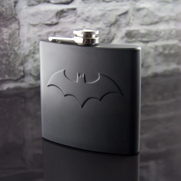 Piersiówka Batmana