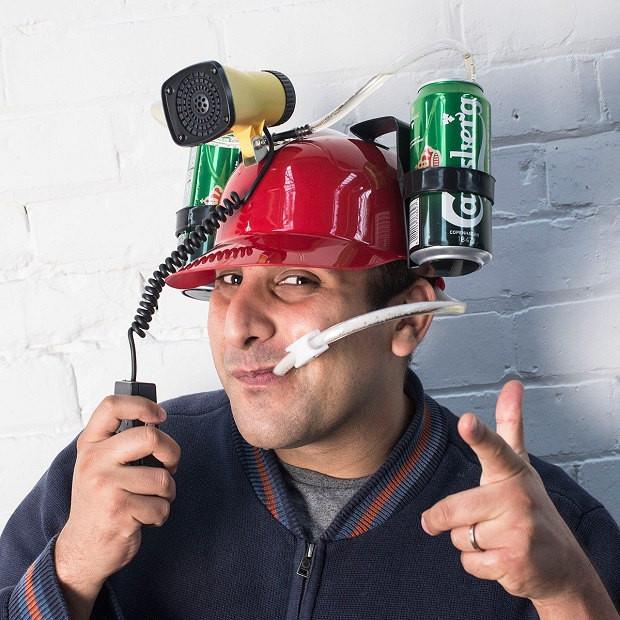 kask imprezowy z megafonem